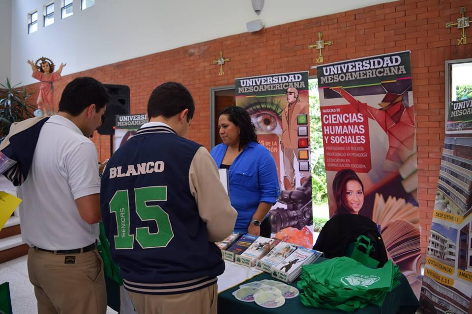 Feria de Universidades Colegio Bilingüe Vista Hermosa