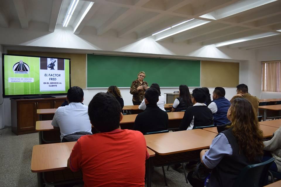 """Visita Estudiantes """"Diplomado en Salud Visual"""""""