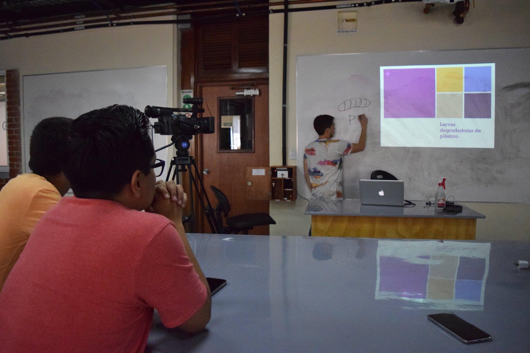 Proyecto Colaborativo – Producción (UMES) y Biología (UVG)