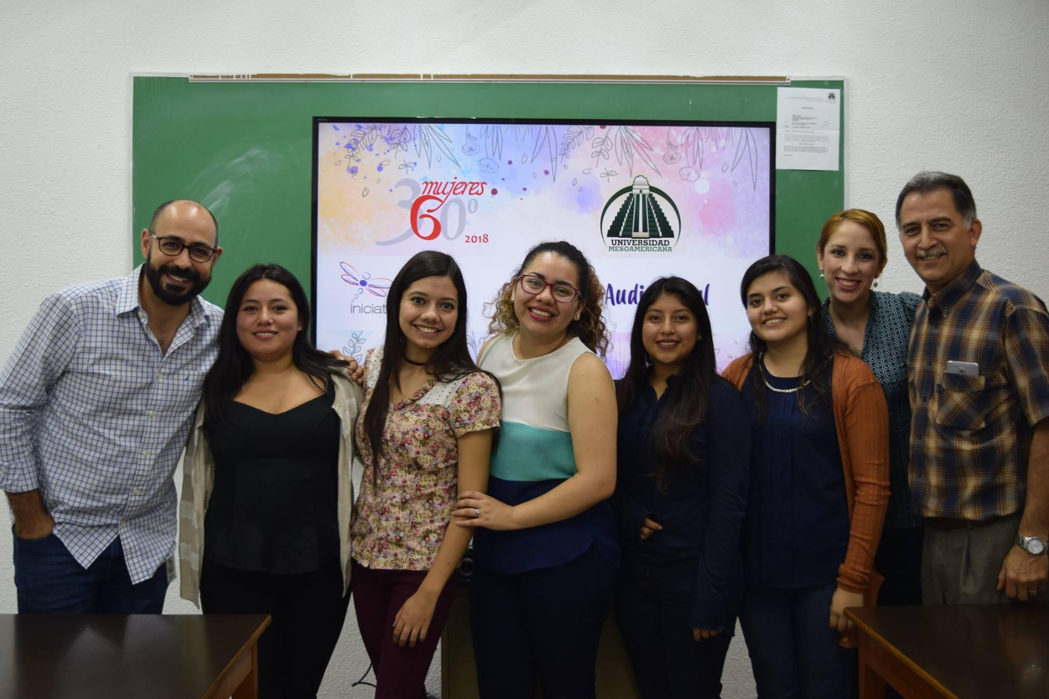 """Presentación """"Mujeres 360°"""" de Iniciativa T"""